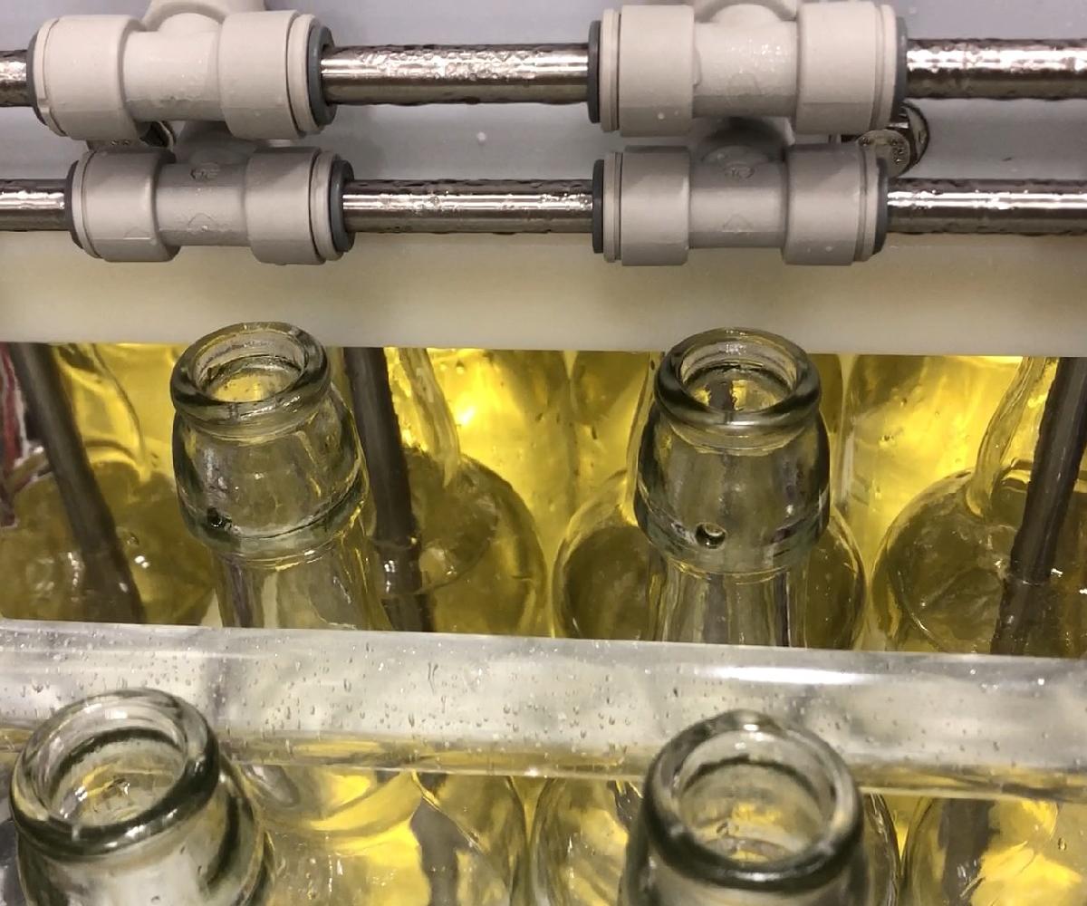 Meheen Bottling Line_Bottled Juice_Wild Goose Filling