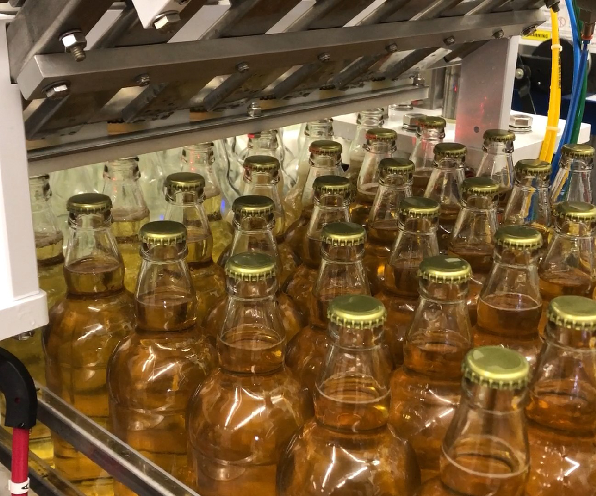 Meheen M6 Bottling Line_Cider Bottle Filler_Wild Goose Filling